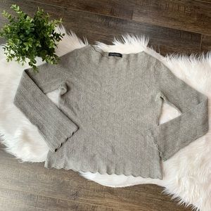 Banana Republic wool scalloped pullover sweater